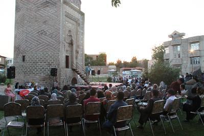 برنامه فرهنگی گردشگری در جوار سه گنبد ارومیه برگزار گردید