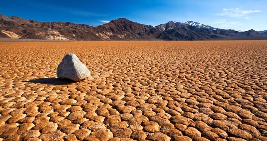 چگونه در بیابان و کویر آب پیدا کنیم؟