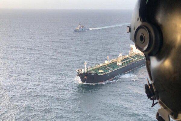 خبرنگاران دومین نفتکش ایرانی وارد منطقه ویژه مالی ونزوئلا شد