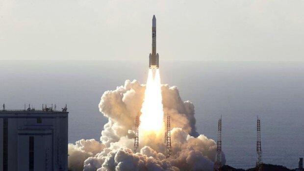 ژاپن کاوشگر مریخ نورد امارات را به فضا برد
