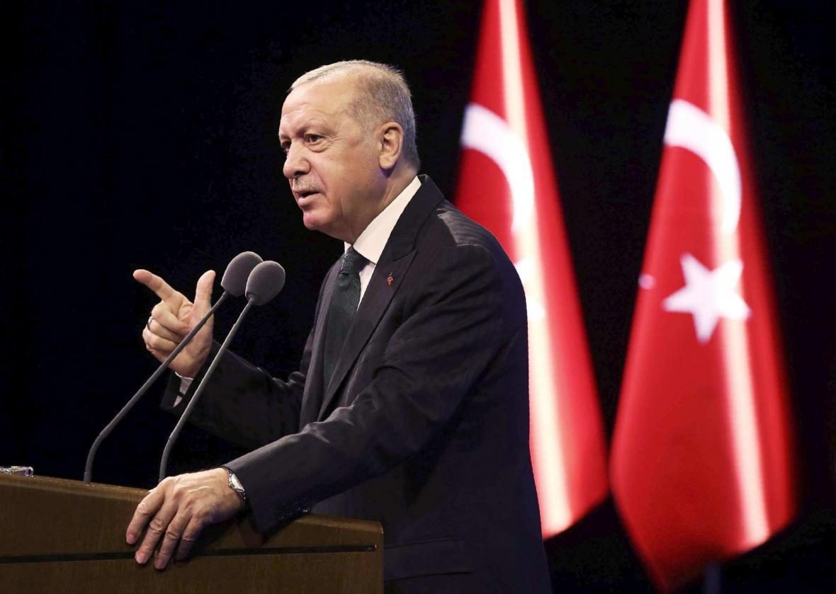 اردوغان: سه گانه مینسک فقط سلاح به ارمنستان فرستاده است