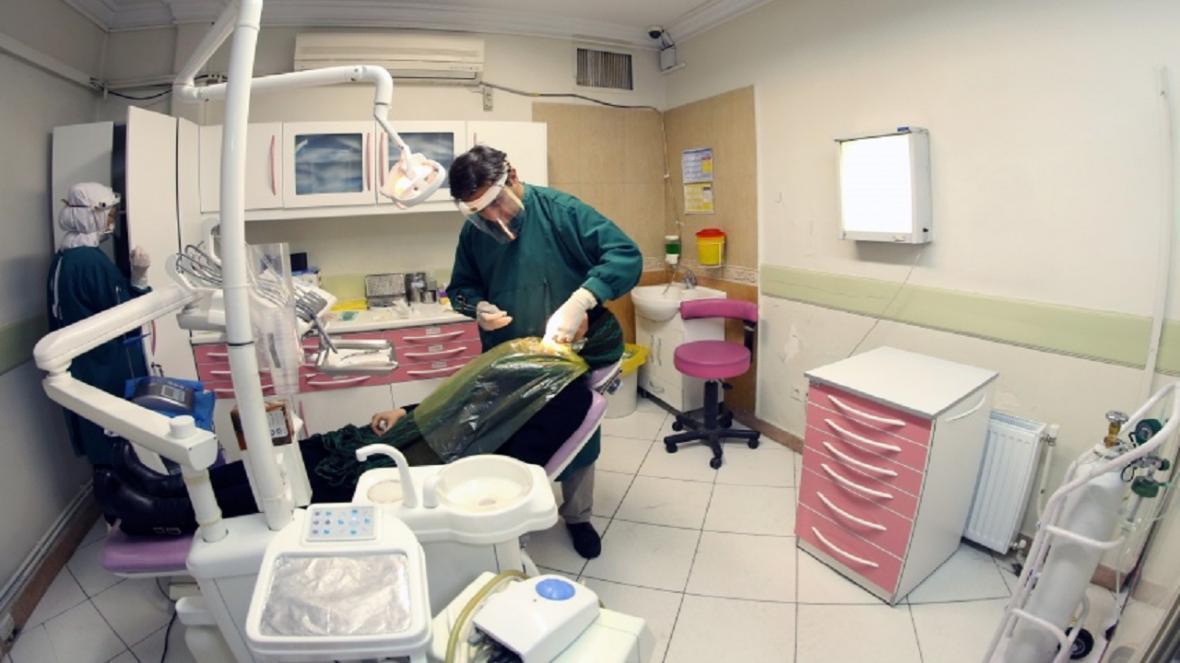 ماجرای سفر 400 دندانپزشکی به تهران برای شرکت در آزمون تخصصی