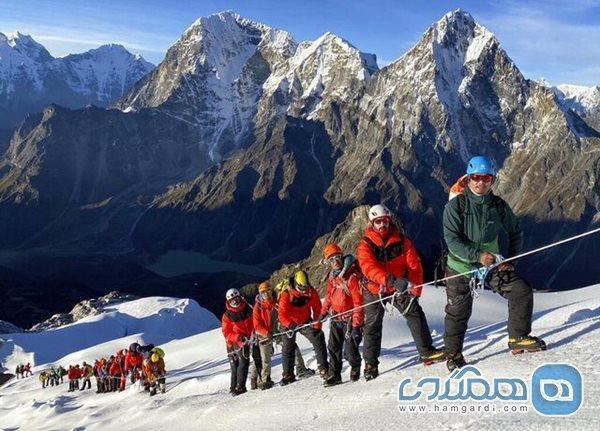 فتح قله های رشته کوه هیمالیا برای کوهنوردان امکان پذیر شد