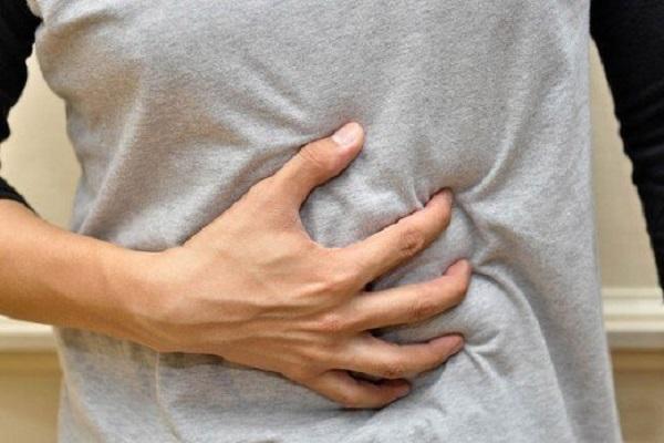 بی اشتهایی و نفخ شکم از علائم شایع کروناست، بیماران کرونایی غذای سنگین نخورند