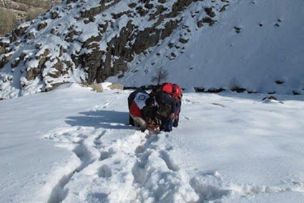 خبرنگاران 10 کوهنورد در ارتفاعات شاه دنیا اسفراین گم شدند