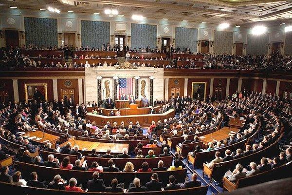 مخالفت بیش از 40 قانونگذار آمریکایی با رفع تحریم ها علیه ایران