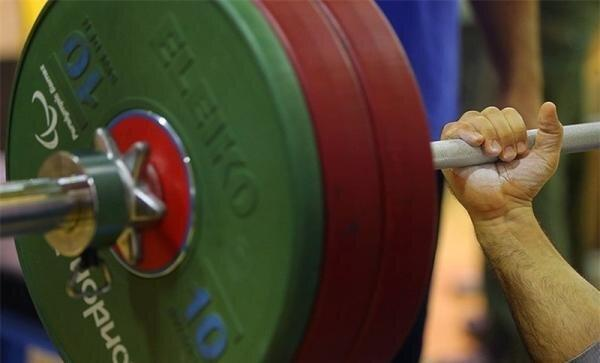آغاز اردوی وزنه برداران پارالمپیکی در کیش