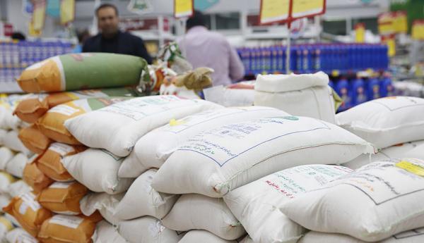سهم دهک فقیر کمتر از یک درصد برنج کشور، برنج خارجی هم قیمت برنج ایرانی شد