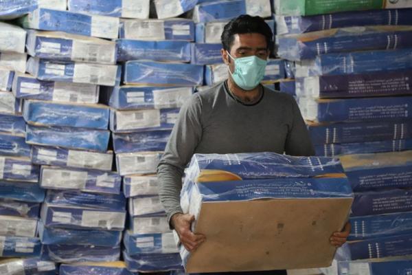 توزیع 25 هزار بسته پروتئینی بین اقشار آسیب دیده از کرونا توسط ستاد اجرایی فرمان امام